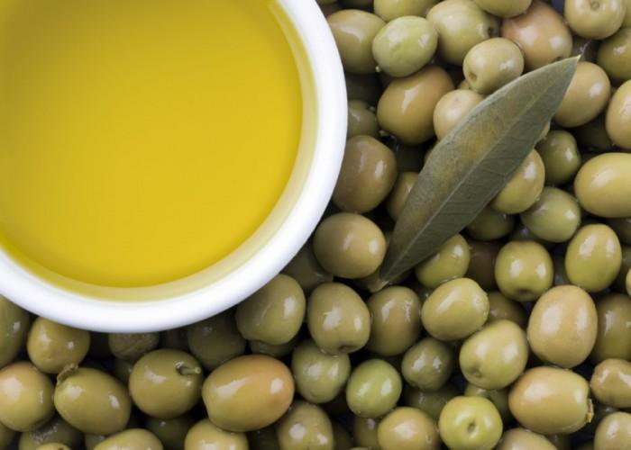 Olive-Oil-Olives-4-1024x731