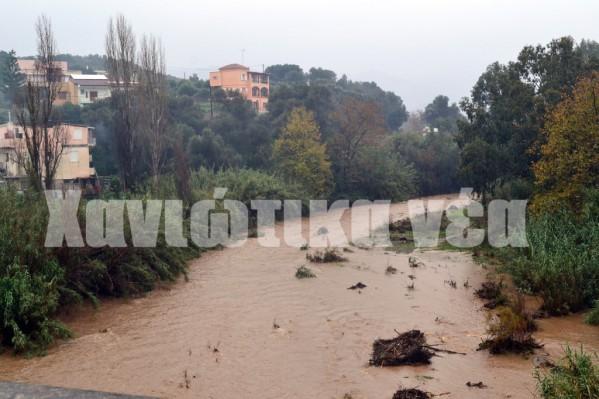 Οι ποταμοί Ταυρωνίτης και Κερίτης (Ιάρδανος) δίνουν ιστορικά πολλές πλημμύρες