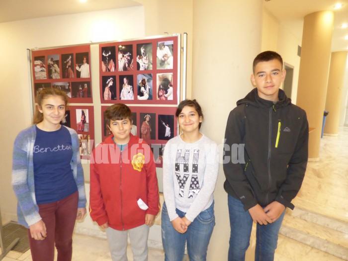 Οι μαθητές του Γυμνασίου Αλικιανού Στέλιος Γιαννακάκης, Ειρήνη Κασσάρα , Γιάννης Ελευθεράκης, Μιχαέλα Βανταράκη