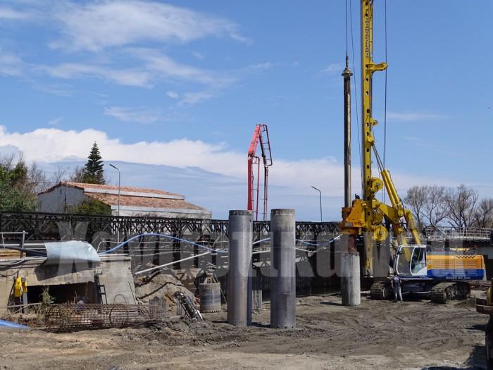 Συνεχίζονται εντατικά οι εργασίες στη γέφυρα του Πλατανιά που πιστεύεται όιτ θα δοθεί στην κυκλοφορία στις αρχές Μαΐου