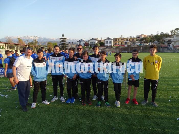 Οι παίδες της ομάδας χάντμπολ του Ιδομενέα βραβεύτηκαν για την πολύ καλή παρουσία τους σε τουρνουά στον Αγ. Στέφανο Αττικής.