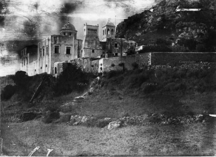 Πανοραμική άποψη της Μονής Γωνιάς κατά τις αρχές του 20ου αιώνα. (Από το αρχείο του Μαν. Μανούσακα)
