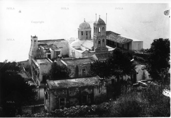 Το κτιριακού συγκρότημα της Μονής Γωνιάς (Κυρίας των Αγγέλων) που διαδραμάτισε σπουδαίο ρόλο στην Κρητική ιστορία το 1902 με 1903 (Από το αρχείο του Μ. Μανούσακα)