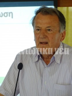 O ομότιμος καθηγητής στο Γεωπονικό Πανεπιστήμιο Αθηνών κ. Κωνσταντίνος Κοσμάς.