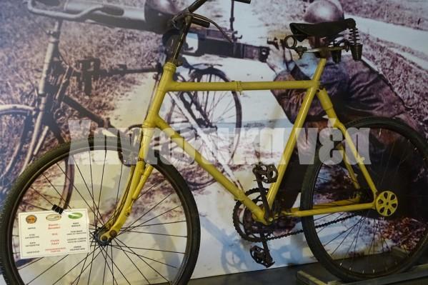 Το πιο παλιό ποδήλατο της έκθεσης ένα Ιταλικό του Α' Παγκοσμίου Πολέμου