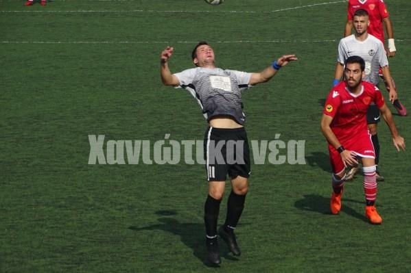 O Χριστοφής σε μία προσπάθειά του στον αγώνα Δόξας-Ικάρου 0-0.