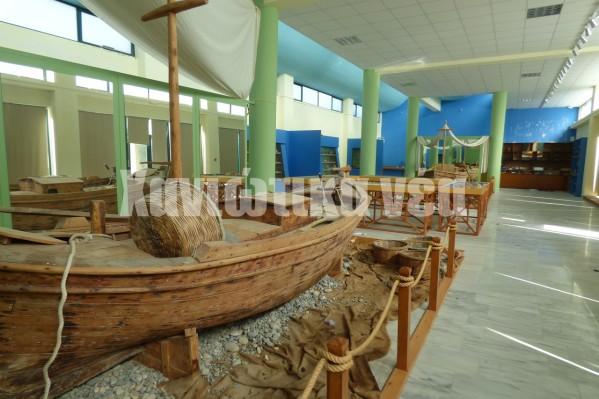 Ο εκθεσιακός χώρος του Μουσείου έχει παραβιαστεί και βρίσκεται στο έλεος των βανδάλων.