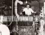 «Δουλεύαμε με τα νύχια» λέει ο κ. Χρήστος που θυμάται τις δύσκολες εποχές που εργαζόταν στα εργοστάσια ηλεκτρισμού