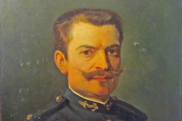 Η αυτοπροσωπογραφία του συνταγματάρχη Destelle σε νεαρότερη από την εποχή της υπηρεσίας του στη Κρήτη ηλικία.