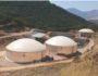 Δεξαμενές αναερόβιας χώνευσης κτηνοτροφικών αποβλήτων για παραγωγή βιοαερίου και βελτιωτικού εδάφους.