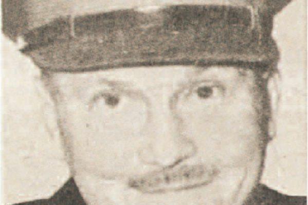 """Ο Νεοζηλανδός στρατηγός Φράιμπεργκ, αρχηγός των συμμαχικών στρατευμάτων στην Κρήτη, ιθύνων νους πίσω από την έκδοση της εφημερίδας """"Crete News"""". (αρχείο """"Χ.Ν."""")."""